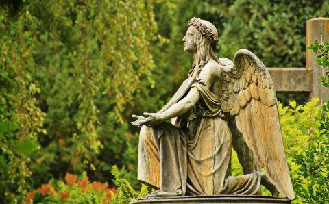 Cum poți ști dacă firma de servicii funerare pentru care vrei să optezi este sau nu serioasă?